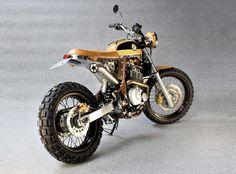 Yako's Bekano DR650 Bike Shed