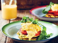 Low-carb baby marrow rösti with scrambled eggs http://www.eatout.co.za/recipe/low-carb-baby-marrow-rosti-scrambled-eggs/