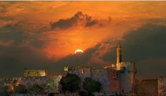 Una imagen de sobrecogedora belleza en el corazón de Israel, en Jerusalem, de gran fotografo Mihail Levit. Fuente: Jerusalemshots.