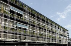 STGK Inc. (Studio Gen Kumagai) is a landscape design studio, based in Yokohama, Japan. Social Housing Architecture, Green Architecture, Futuristic Architecture, Architecture Design, Parking Building, Parking Lot, Car Parking, Parking Solutions, Double Skin