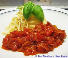Pasta all´amatriciana - https://www.facebook.com/media/set/?set=a.539766862788371.1073741912.504055336359524&type=3&uploaded=7
