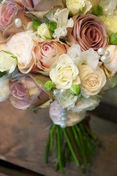 Amnesia rose and sweet pea wedding bouquet Berkshire