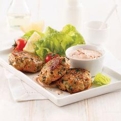 Repas parfait pour faire plaisir aux enfants, ces croquettes de poulet et patates douces remplaceront bien vite leurs homologues du commerce!