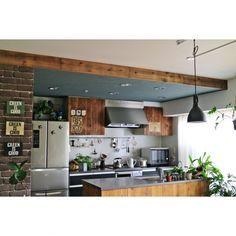 RIKAさんの、Kitchen,観葉植物,植物,雑貨,green,ハンドメイド,DIY,ペンダントライト,足場板,黒板塗料,コウモリラン,ステンシル,壁紙屋本舗,カフェ風インテリア,男前,キッチンDIY,WOODPRO足場板,NO GREEN NO LIFE,みどりの雑貨屋さん,グリーンのある暮らし,ブログしてます♪,グラフティーペイントについての部屋写真