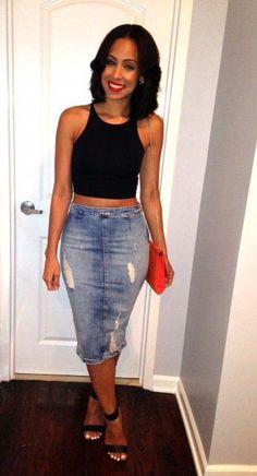 How to rock the distressed denim skirt trend → Community Denim Skirt Outfits, Denim Mini Skirt, Mini Skirts, Jean Skirts, Denim Pencil Skirt Outfit, Denim Outfit, Night Outfits, Casual Outfits, Cute Outfits