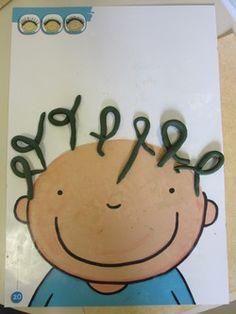 MS / GRAPHISME / LES BOUCLES / La pâte à modeler Toddler Learning Activities, Preschool Education, Montessori Activities, Preschool Kindergarten, Playdough Activities, Plasticine, Pre Writing, Sick Kids, Play Doh