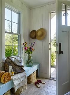 Interior Design Trends For 2020 Mudroom bench under window. Basket for each pers. Interior Design Trends For 2020 Mudroom bench under window. Basket for each person. Cottage Living, Coastal Living, Coastal Decor, Cottage Style, Farmhouse Style, Country Style, Coastal Style, Cozy Cottage, French Country