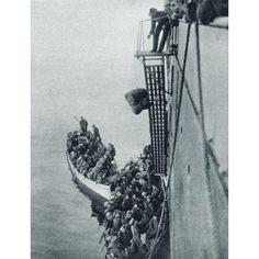 Troops And Stores Being Landed In Gallipoli From A British Ship During World War I From The Illustrated War News 1915 Canvas Art - Ken Welsh Design Pics (24 x 32)