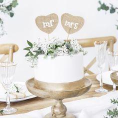 """@traustube posted to Instagram: Hurra, hurra, neue Produkte sind da! Wie zum Beispiel unsere neuen Caketopper aus rustikalem Jutestoff mit weißer Aufschrit """"mr"""" und """"mrs"""" 💛💛  Damit macht ihr eure Hochzeitstorte zu einem ganz besonderen Hingucker. Diese und viele weitere neue Produkte findet ihr in unserem Shop!  #caketopper #hochzeitstorte #weddingwednesday #cakedecoration #hochzeit #wedding #hochzeit2019 #bridetobe #hochzeitsdeko #wedding2019 #braut #diyhochzeit #hochz"""