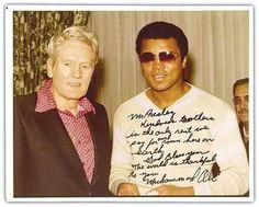 Vernon and Muhammad Ali Graceland 1978 Ali visited his friends grave, RIP Elvis. RIP Ali