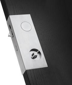 Sliding Door Pull Hardware from Manital Srl, Italy Mehr Sliding Door Handles, Sliding Barn Door Hardware, Sliding Doors, Barn Doors, Pocket Door Hardware, Pocket Doors, Door Detail, House Doors, Internal Doors