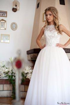 Piękna suknia ślubna 34 XS ręcznie zdobiona