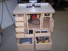 AWESOME router table