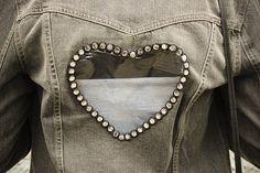 DIY: La petite veste Rock & love #veste en jean