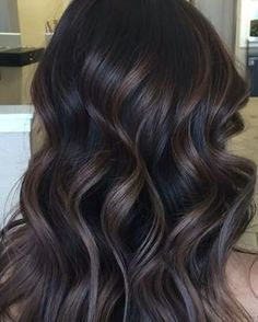 I would love to try this color if I went dark!