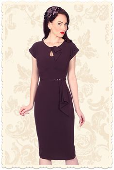 Robe crayon glamour Mad Men années 50 Timeless aubergine