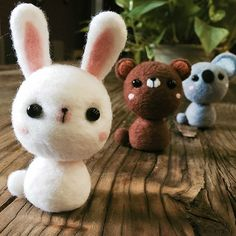 Design: Needle felted Animal Cute Woodland Animals In Stock: 2-4 days for processing Include: Only The Needle Felting Kit Project Animals: Bunny,Koala, Bear Material: Felt Wool (100% merino short wool), Plastic Eyes, Love Size: 7.5cm(H) x 3.5cm(L) x 3.5cm(W) No included the ears Decorate: Desk, Shelf, Keychain, Charm, PhoneCharm Style: Cute Needle Felting Animals Care & Clean: If the item become too fuzzy, just trim any strays instead of pulling out Return & Exchange: 14 days Wrapping…