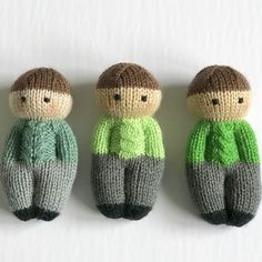 Izzy Buddy Boy Dolls Pattern - Izzy Buddy Boy Dolls Pattern This pattern is adapted from the Izzy Doll patterns available freely online for charity knitting. The pattern is free for personal use, not for sale or profit. Knitting Designs, Knitting Patterns Free, Free Knitting, Knitting Projects, Baby Knitting, Knitting Wool, Wool Yarn, Merino Wool, Crochet Fox