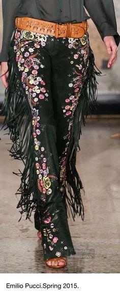 32 ideas for embroidery dress boho emilio pucci Gypsy Style, Boho Gypsy, Bohemian Style, Hippie Boho, Boho Chic, My Style, Emilio Pucci, Maxis, Boho Fashion