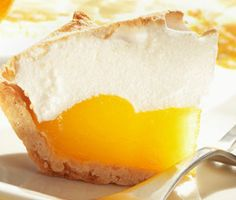 Recipe for Orange Meringue Pie - Looking for something different for your guests this year, try this scrumptious Orange Meringue Pie !
