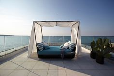 The Perfect Daybed for Outdoor Napping - Design Milk Outdoor Daybed, Outdoor Furniture, Outdoor Decor, Outdoor Ideas, Beach Chair With Canopy, Home Furnishings, Design Styles, Design Ideas, Santiago