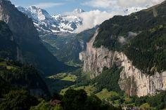 Take me to Switzerland, please.