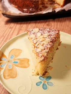 Bolo de Ricota com Farinha de Amêndoa, este é um dos bolos mais saborosos que existe e não contém glútem. Saiba como prepara-lo