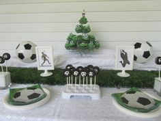 Soccer Party with Cupcakes & Oreo Pops designed by Dragonfly Consulting https://www.facebook.com/dragonflyconsulting