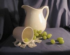 White Pitcher and Cup with Grapes from Shelly Grund at wet canvas