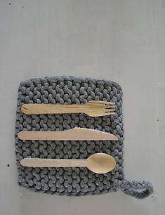 Chunky knit potholders.