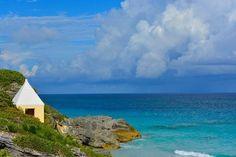 If I'm near the ocean I'm happy...  #HappyEarthDay from #Bermuda #gotobermuda #island #paradise #wearebermuda #beach #ocean by jdsanchez11