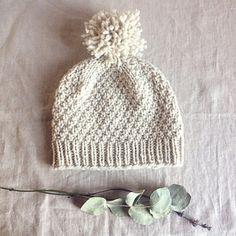 Beloved aran free knit hat pattern via Ravelry