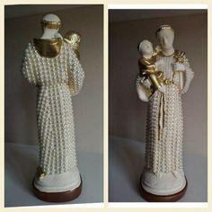 Santo Antonio em gesso, decoupage com estampas e modelos variados. O preço varia…
