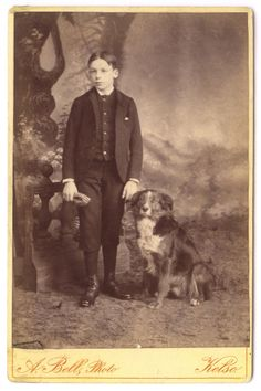 Handsome Boy with Great Border Collie Dog / ATQ Cabinet Card Photo / ca. Border Collie Pictures, Border Collie Art, Vintage Children Photos, Vintage Images, Pet Photos, Dog Pictures, Scotch Collie, Smartest Dogs, English Shepherd