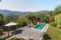 Exclusive villa, panoramic views, garden & pool