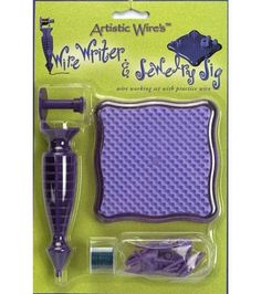 Create intricate designs and lettering with wire and the help of the Wire Writer Tool.  Perfect for scrapbooking projects and cardmaking. Wire feeds through the tool like ink in a pen for easy use. Ki