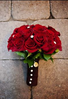 simple but beautiful red rose bouquet