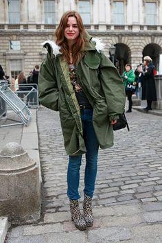I like this look. I need a good parka in green. I don't want a fur ...