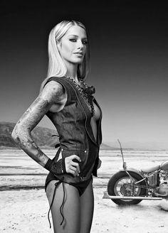 Motorcycle Girl 038