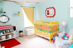 @Andrea Lyons Sooter I love the frame in this nursery!