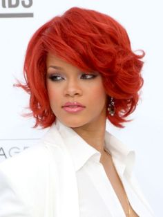 I wish to have red hair..but i don't have red hair. Rihanna is beautiful and very elegant.