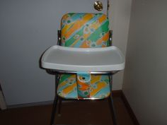 VINTAGE WELSH CO. HIGH CHAIR RETRO FLOWERS DESIGN RARE FIND CHROME | eBay Vintage High Chairs, Baby Equipment, Retro Flowers, Ol Days, Good Ol, Welsh, Baby Gear, Vintage Toys, Baby Toys