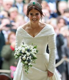 f883fc9be0b5 Princess Eugenie s Wedding Dreaa   Bouquet Reali