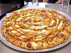 Poutine Pizza! Seriously Want to Try This!!