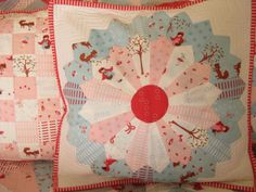 aneela hoey fabrics on a dresden plate pillow from her blog comfortstitching.typepad.co.uk.