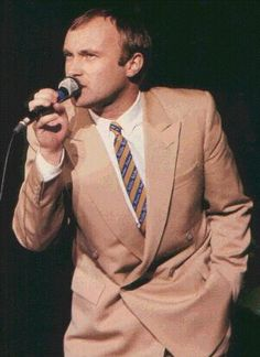 Phil Collins Live…Such a talented man….thanks so for sharing this picture with all of us who just love him…Gods Blessings,  Mitzi…  :)