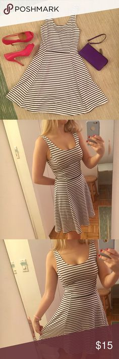 2023d3a1751 Striped skater dress Navy blue and white skater dress. Worn once. Like new  condition