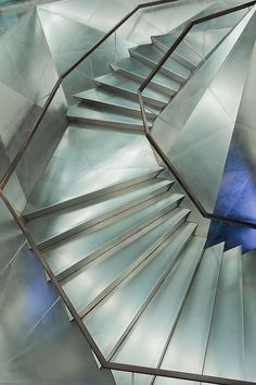 Love these stairs by Michaël Jacobs, via Flickr