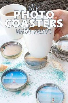 Such a sweet idea! DIY photo coasters with resin and mason jar lids. via Crafts DIY Photo Coasters with Resin Photo Coasters, Diy Coasters, Mason Jar Lids, Mason Jar Crafts, Mason Jar Photo, Diy Foto, Diy Resin Crafts, Diy Resin Magnets, Acrylic Keychains