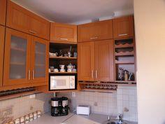egyedi felső sarokpolc fűszertartóval 2012-ből Decor, Kitchen Cabinets, Cabinet, Home Decor, Kitchen